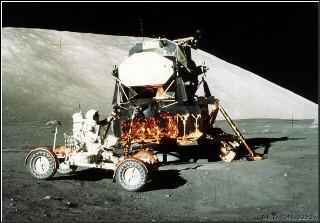Apollo 17  (image courtesy NASA)